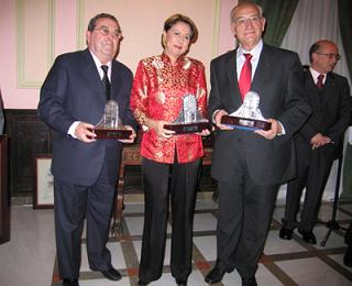 20060307094214-premiodemotril1.jpg