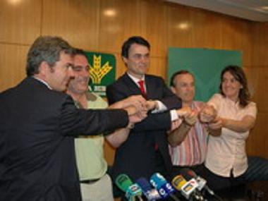 20070614012739-pacto.jpg