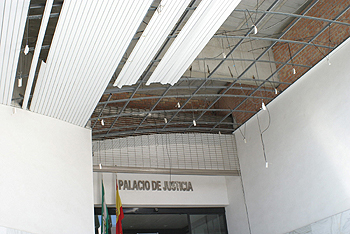 20120512145602-palacio-justicia-motril.jpg