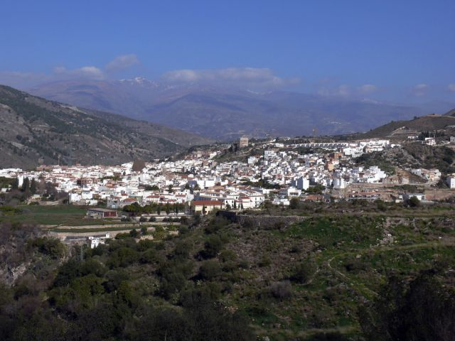 20120517055209-velez-de-benaudalla-640x640x80.jpg