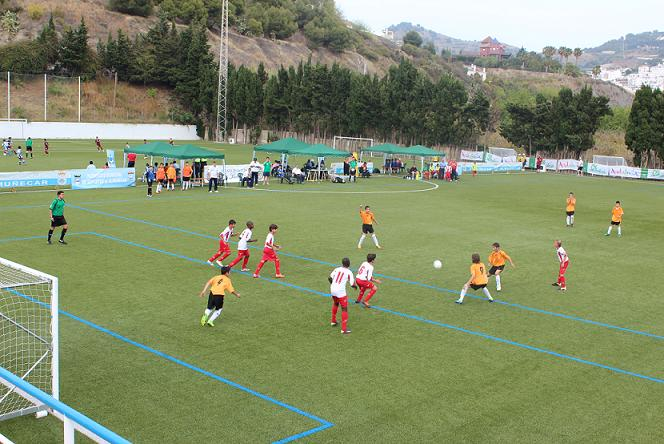 20120517230646-comenzo-campeonato-andaluz-fubol-7-alevin.jpg
