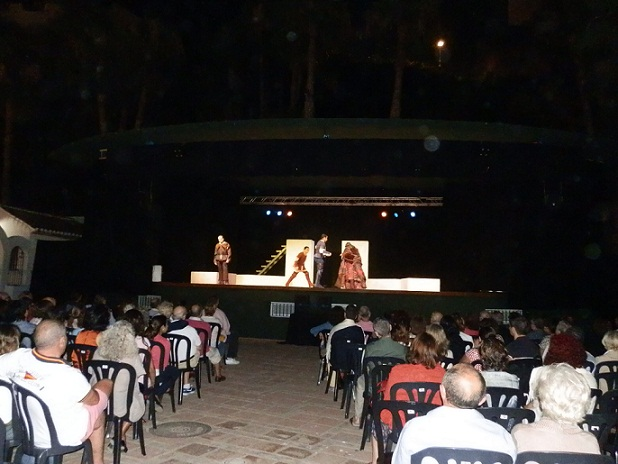 20120704182020-teatro-clasico-con-la-celestina-en-el-majuelo-12.jpg