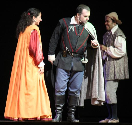 20120705144317-comedia-teatro-clasico-almunecar-entre-bobos-anda-el-juego.jpg