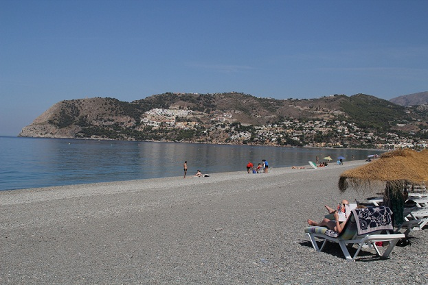 20120710204844-playa-la-herradura-y-cerro-gordo-al-fondo.jpg