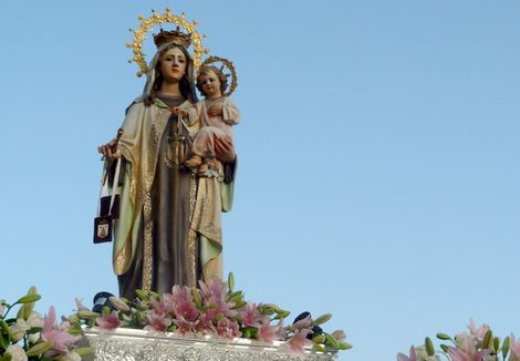 20120716182803-virgencarmenalmunecar.jpg