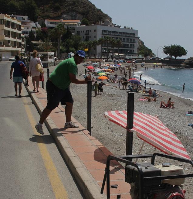 20120807201513-mejora-seguridad-en-playa-cotobro-almunecar.jpg