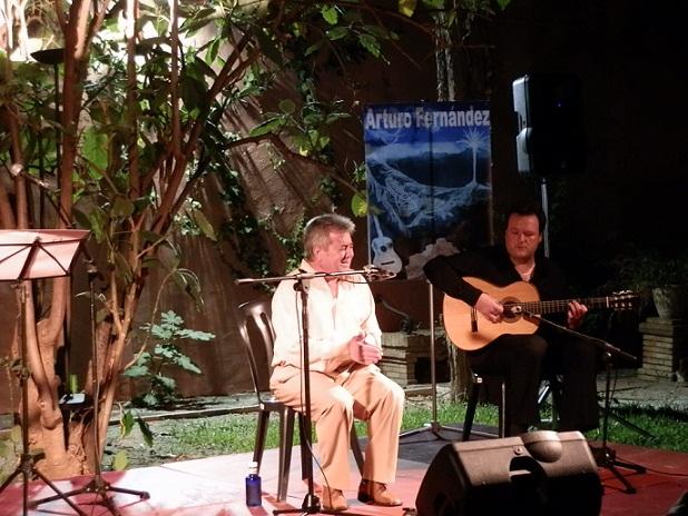 20120810211921-arturo-fernandez-en-velada-flamenca-rafael-munoz.jpg