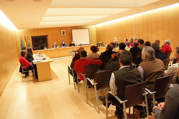 20140823143457-20130315165252-20120202203528-pleno-del-ayuntamiento-de-orgiva.jpg