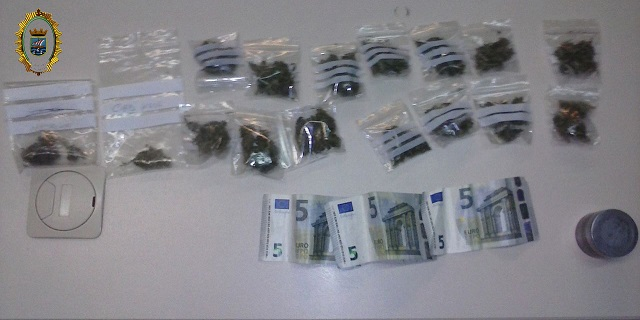 20141111203556-intervencion-marihuana-policia-local-almunecar.jpg