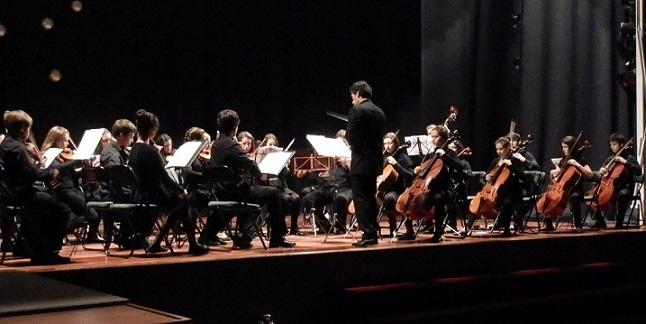 20141113192556-joven-orquesta-promusica-malaga-en-almunecar.jpg