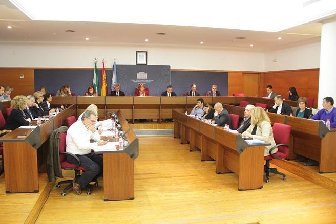 La Corporación Municipal celebra el aniversario de la Constitución en el pleno