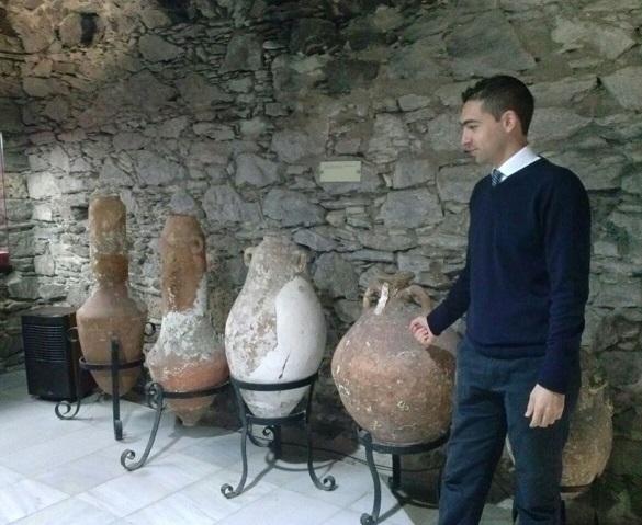 Almuñécar pone en marcha visitas guiadas en el Castillo de San Miguel y  museo Cueva Siete Palacios
