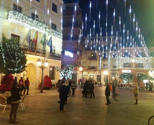 20141211204042-plaza-20ayto-20almunecar-2014-1-.jpg