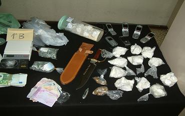Detenidas cuatro personas en la barriada Huerta Carrasco de Motril por un delito continuado de tráfico de drogas