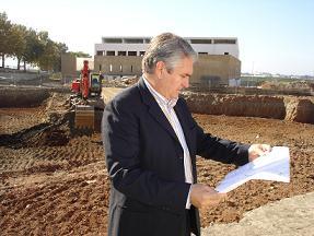 Pedro Alvarez visita las obras de la nueva Comisaría de Policía de Motril t de la Ronda del Mediodía