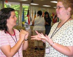 En Motril se pone en marcha un plan para sensibilizar a la población escolar sobre  los sordos
