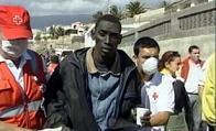 LLegan al puerto de Motril los 33 inmigrantes que se encontraban refugiados en la Isla de Alborán