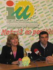 Concha Caballero (IU) habla en Motril sobre la reforma del estatuto de autonomía