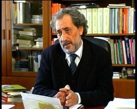 El Defensor del Pueblo andaluz ve normal que la Junta haya retirado el bebé de su familia