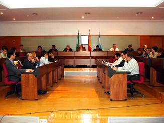 Los grupos de la oposición de Motril presetan una denuncia contra el alcalde  por presunta prevaricación
