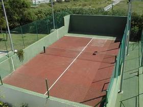 El Ayuntamiento de Almuñécar inaugura una pista de paddle