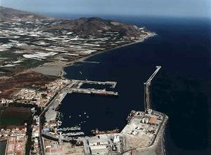 Angel Díaz Sol anuncia que el puerto de Motril cerró 2005 con un aumento del 6,5% en mercancías