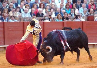 las entradas a las corridas de toros en Motril serán más baratas para personas mayores, discapacitados y jóvenes hasta 30 años
