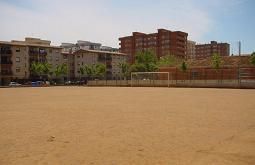 IU se reune con los vecinos del Varadero y acuerdan más zonas verdes y mejorar el drenaje del campo de fútbol
