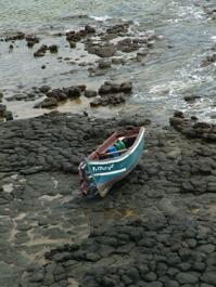 Llega una patera a la costa de Castell de Ferro con trece inmigrantes