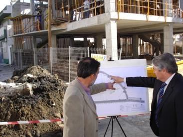 Pedro Álvarez presenta las obras de rehabilitación integral de la calle Julio Moreno y la avenida del Mar, donde el Ayuntamiento invertirá más de 3 millones de euros