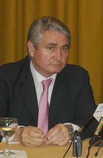 El alcalde de Motril da a conocer la rehabilitación de la Residencia para Mayores San Luis