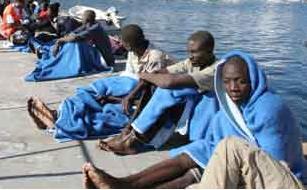 Cuarenta y un inmigrantes interceptados en la costa granadina del Pozuelo