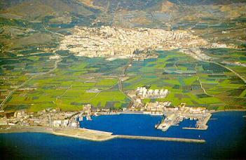 AECOST se pronuncia sobre la importancia del puerto y la necesidad de una vía férrea para Motril