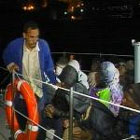 Cuarenta inmigrantes llegan en patera a Motril