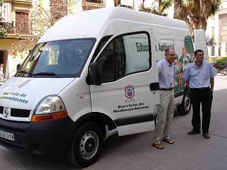 El Ayuntamiento invierte 24.000 euros en la adquisición de una furgoneta para el 'Aula de Eduación Ambiental'