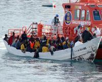 Interceptada una patera en la costa de Motril con 65 inmigrantes