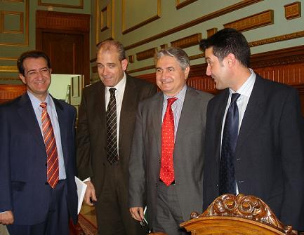 La Junta incluye una partida de más de 2 millones de euros para las canalizaciones de Rules y 2,4 millones para el Plan Integral de Playas de la Costa