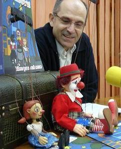 Carlos Rojas será el alcalde de Motril. IU acaba de concederle la llave de la gobernalidad a los populares al no votar ningún gobierno donde esté el PA. El PP ya no necesita de los votos del PA para gobernar