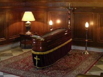 Hoy será enterrado en el cementerio de Salobreña el dramaturgo José Martín Recuerda