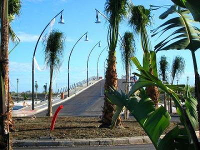 Motril y Salobreña más unida aún por el puente que hoy se inauguraba sobre el río Guadalfeo
