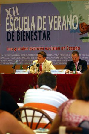 Granada es la provincia con más trabajadores sociales por habitante de todo el Estado