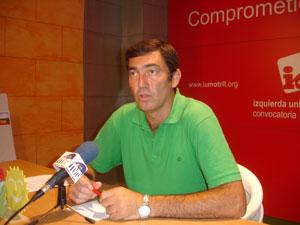 """Felipe Villa ( IU)considera que el Gobierno local """"de extrema derecha"""" produce ya """"un tiempo muerto en la ciudad"""""""