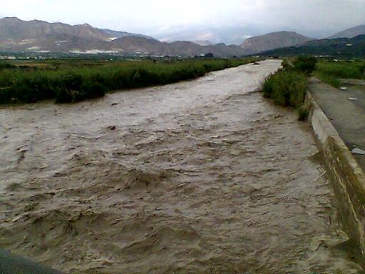 Este es el caudal del río Guadalfeo tras la tormenta