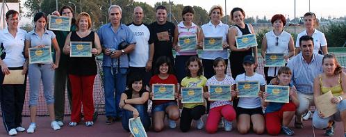 Finaliza el III Curso de Iniciación al Tenis Femenino con gran éxito de participación