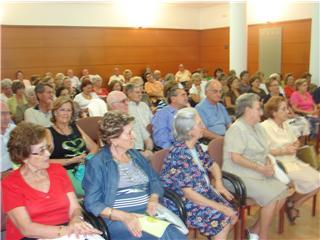 Carlos Rojas inaugura el curso del Aula Permanente de Formación Abierta de Motril