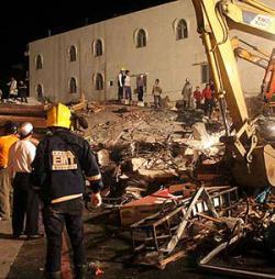 El alcalde de Pisco agradece a la ciudad de Motril la solidaridad mostrada tras la catástrofe del terremoto