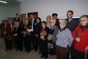 El alcalde de Motril premia a los voluntarios de la Residencia San Luis por la labor social que realizan
