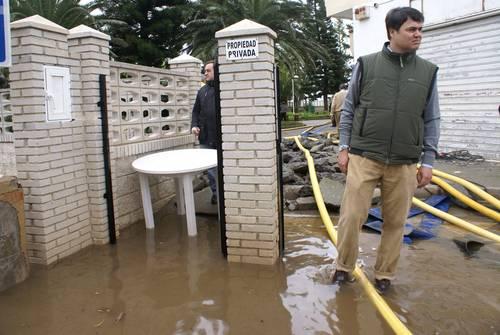 El ayuntamiento de Motril abre una oficina de información para los afectados por las lluvias