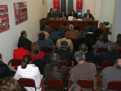 PSOE y Confederación de Empresarios buscan el consenso en el Plan Subregional de la Costa
