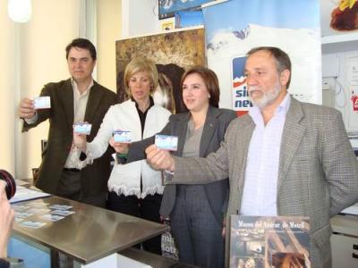 La Oficina de Turismo de Motril venderá forfaits para Sierra Nevada acercando el turismo de sol y nieve